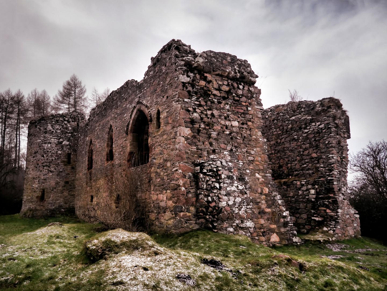 Haunted Scottish Highlands: The Handless Wraith of Rait Castle
