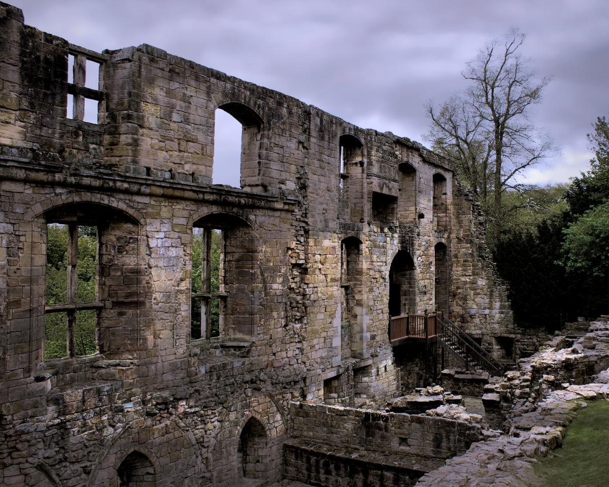 Dunfermline Palace Walls